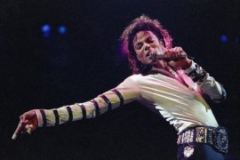 In this Feb. 24, 1988 file photo, Michael Jackson performs during his 13-city U.S. tour in Kansas City, Mo.