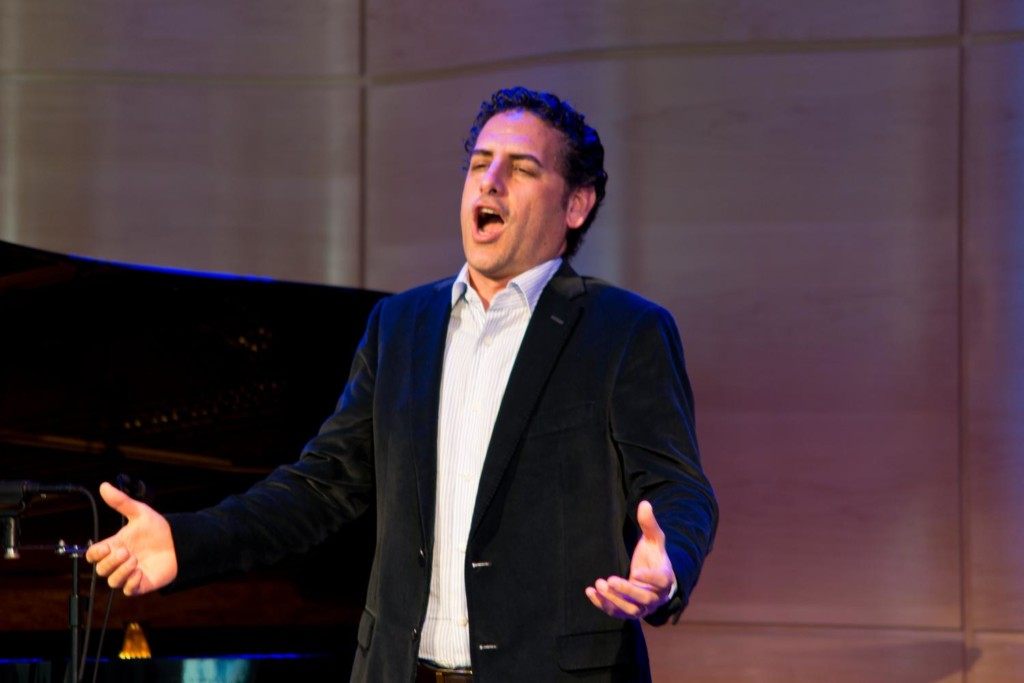Juan Diego Flórez performs live in The Greene Space