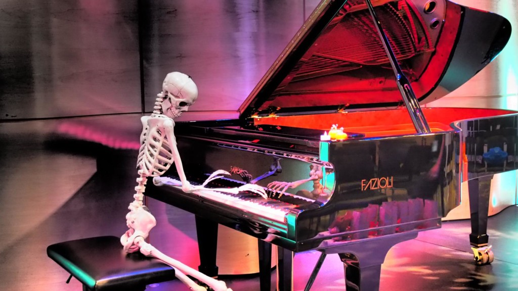 Photo of skeleton playing piano