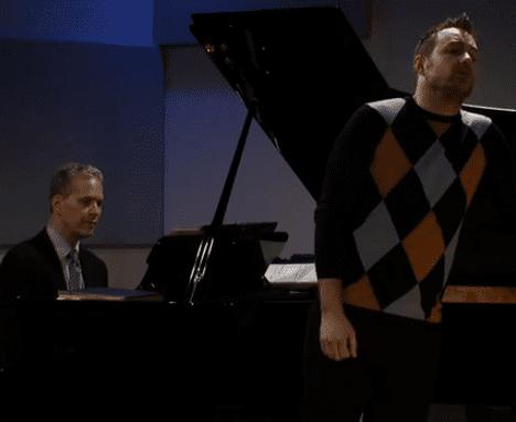 Stephen Costello Performs 'Non t'amo piú'