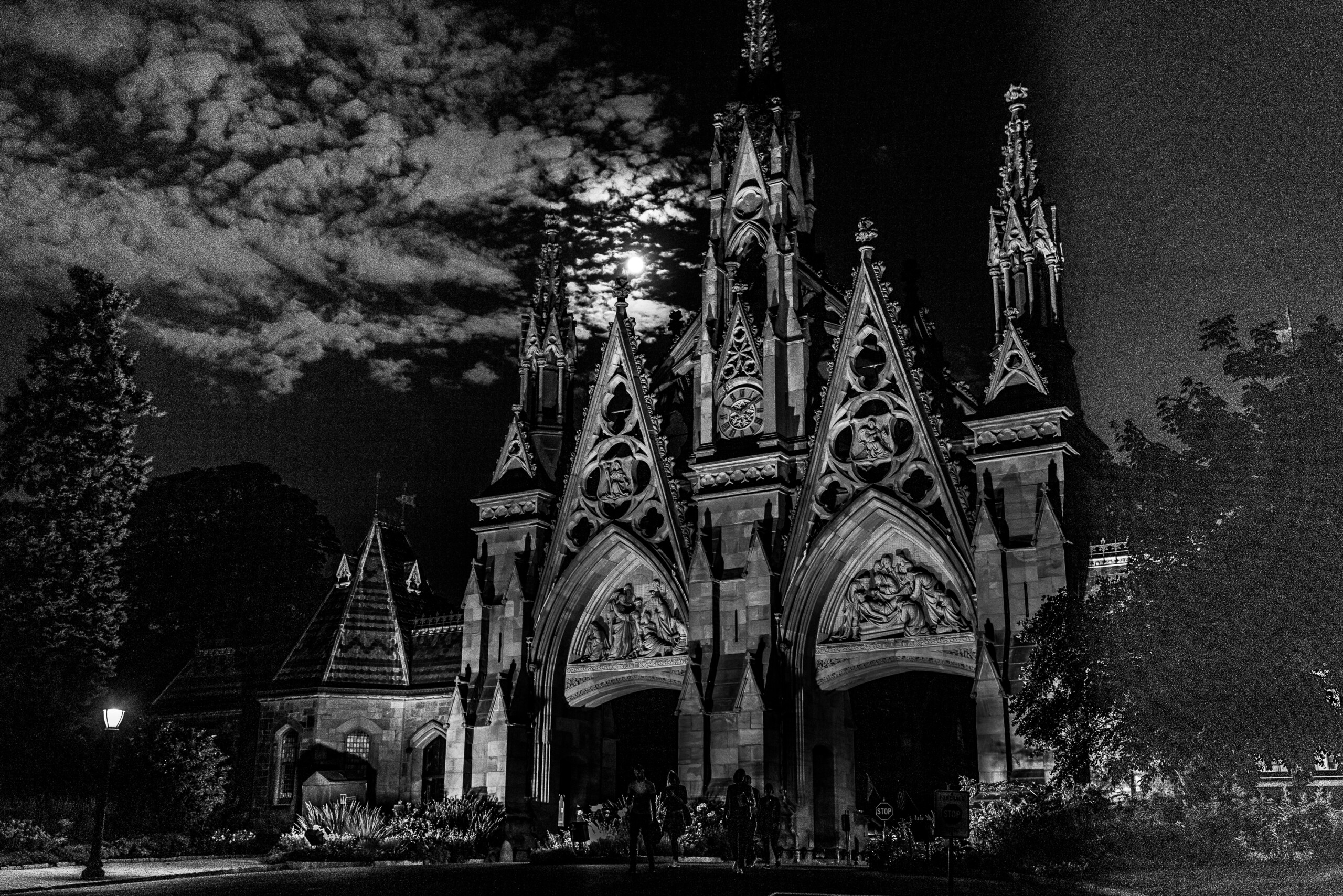 To America: A Live Performance in Green-Wood Cemetery